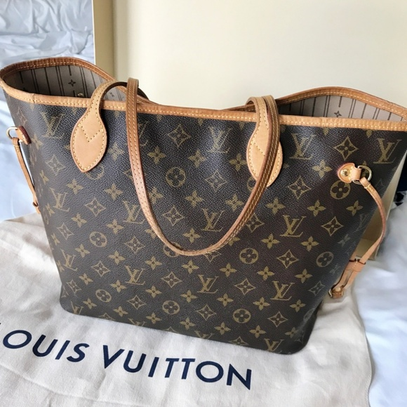 4a619d7f7cdd Louis Vuitton Handbags - Louis Vuitton Neverfull MM Monogram Tote Bag